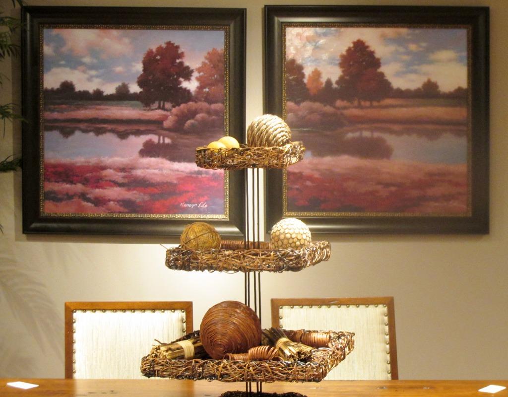 Hickory-Park-dining-art