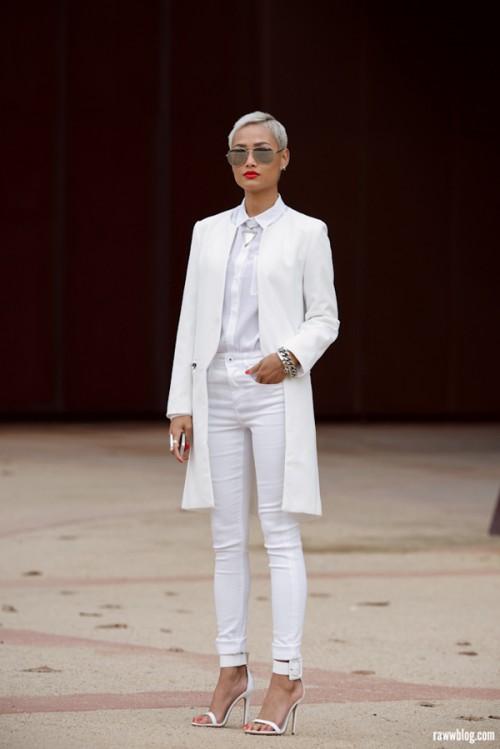 Fashionomics white 03