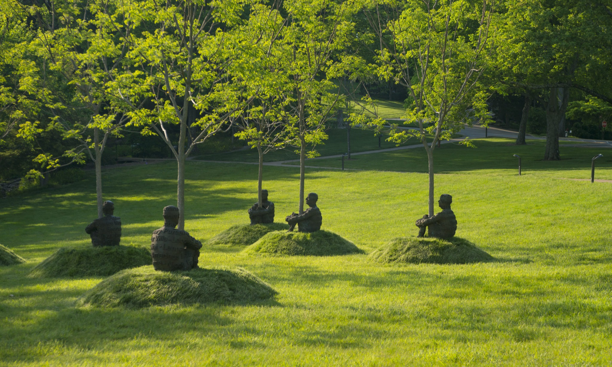 THE HEART OF TREES 2007, Bronze (7 elements), 99 x 66 x 99 cm (each), 150 Kg each: © Jaume Plensa. Courtesy Galerie Lelong, New York