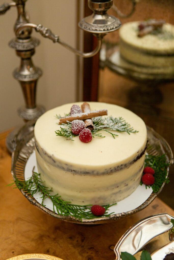 holiday entertaining dessert party chocolate raspberry cake mascarpone frosting