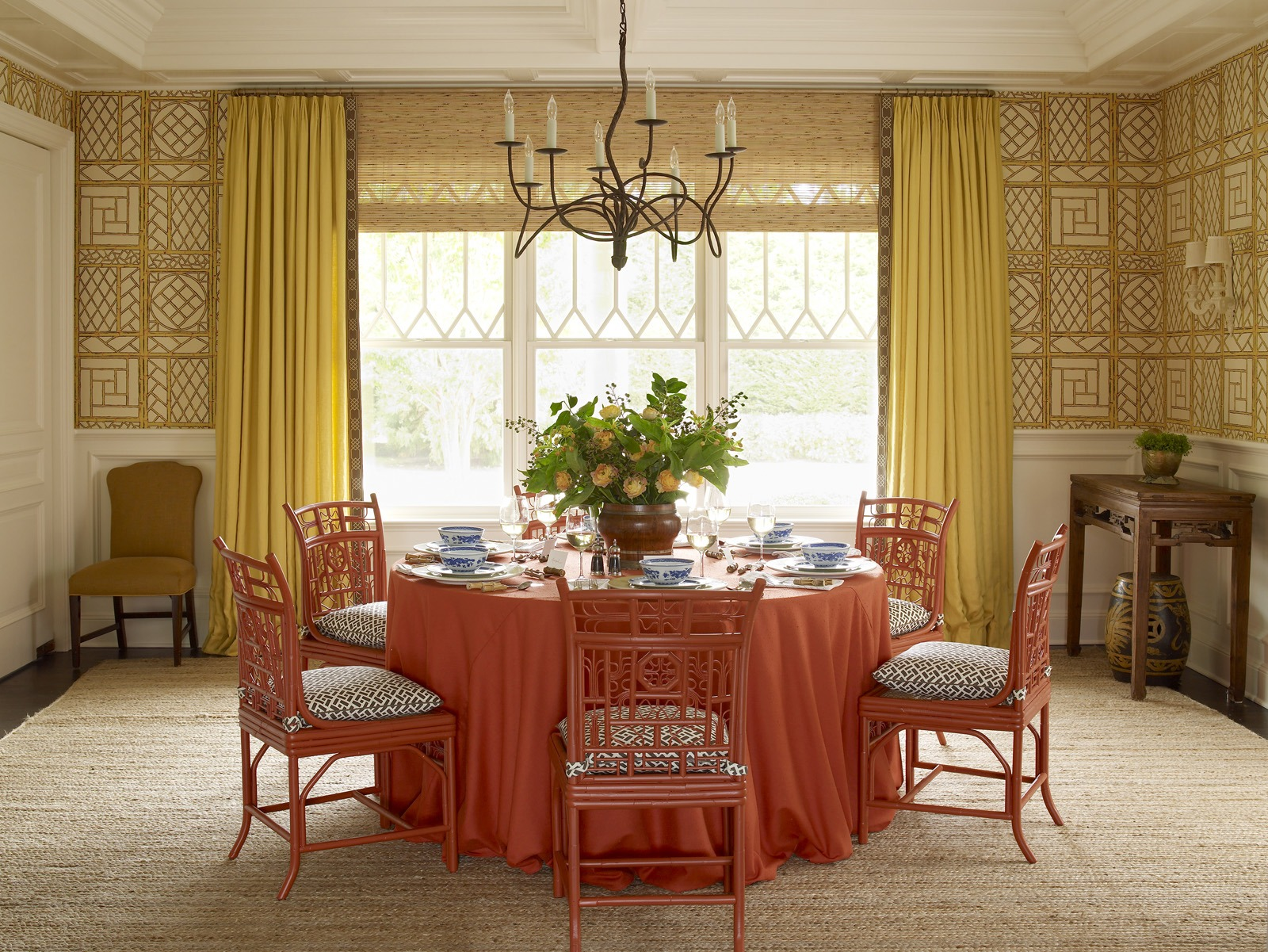 Meg Braff Designs Southampton home dining room