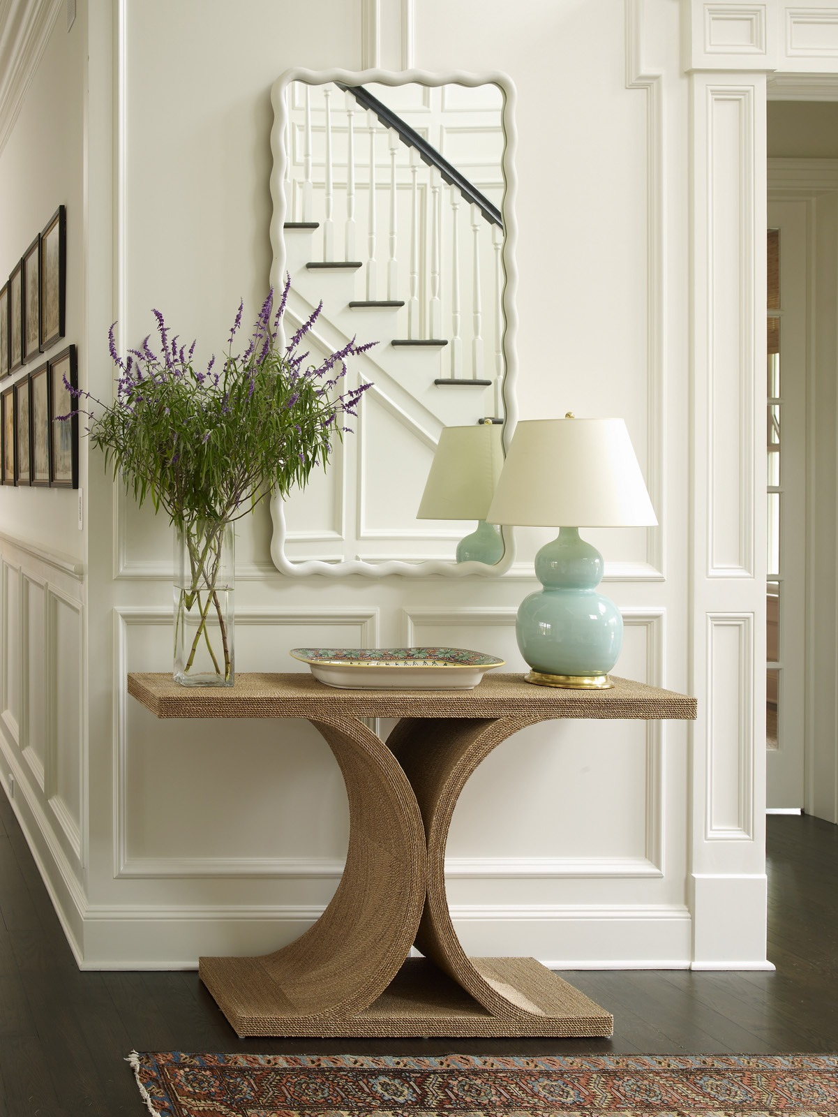 Meg Braff Designs Southampton home entry foyer