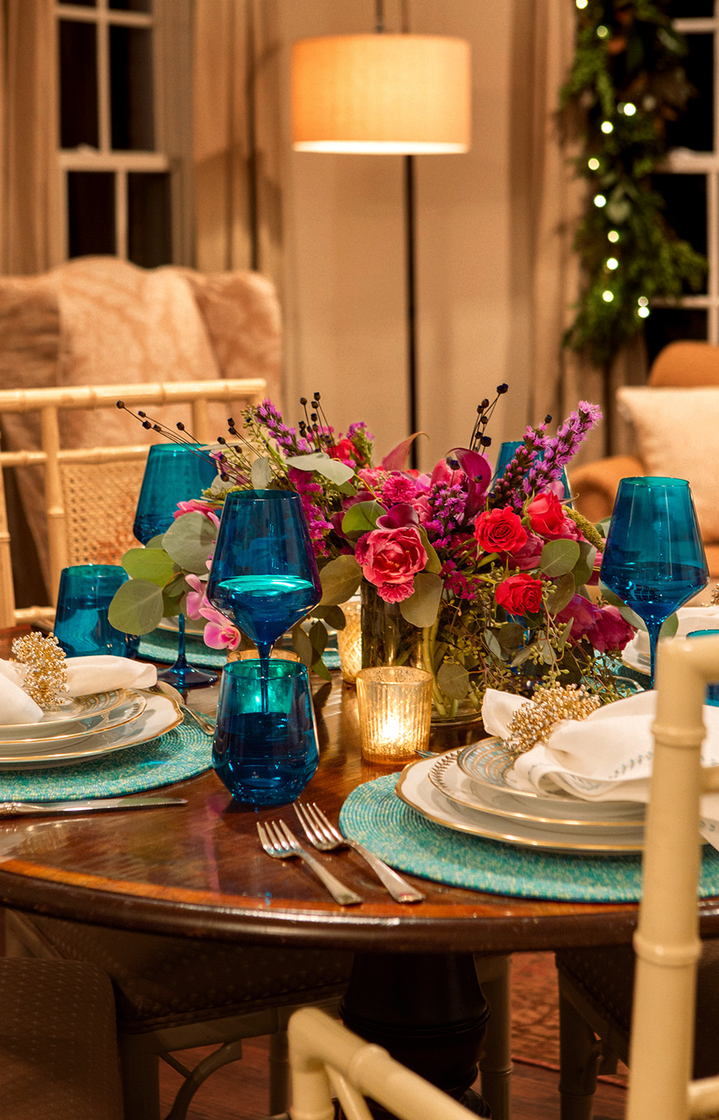 Holiday Entertaining Classic Tablescape