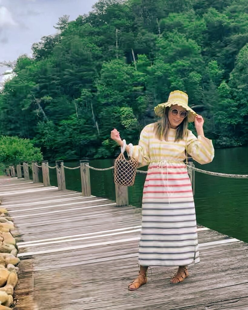 brittany noble newcomb hat styling